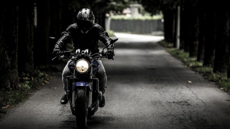 Les gants de moto pour les femmes